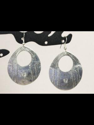 Earrings in silvered metal