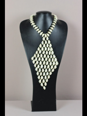 Cowry shells necklace