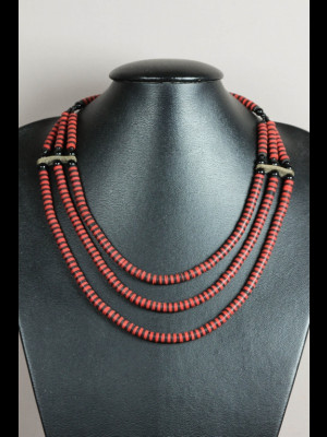 Necklace with bakelite heishi trade beads (koffi beads)